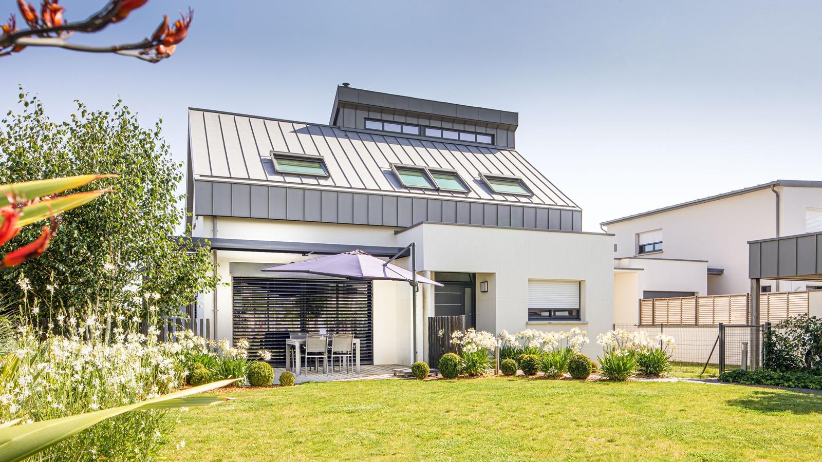 Maison moderne et bioclimatique