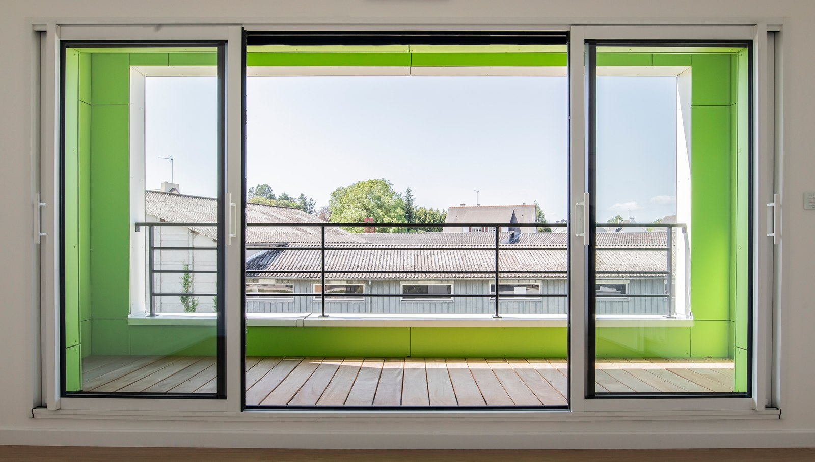 Chambre parentale avec grand balcon