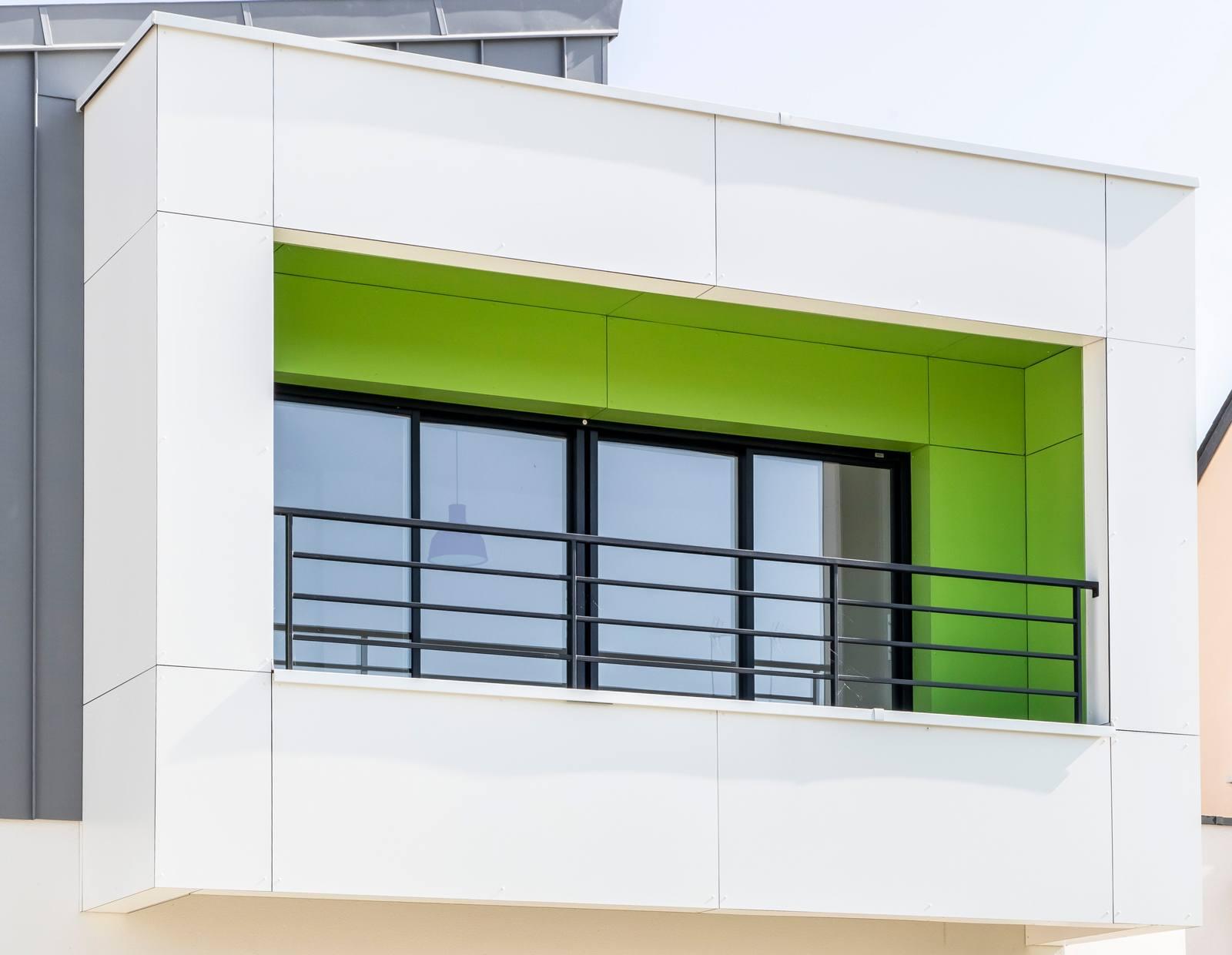 Balcon lumineux et coloré