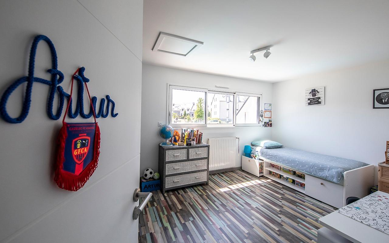 Chambre d'enfant spacieuse